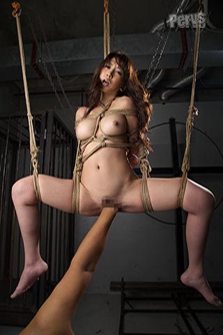 吊るし上げ緊縛拷問絶叫フィスト拳 生贄マゾ女 小島瀬奈