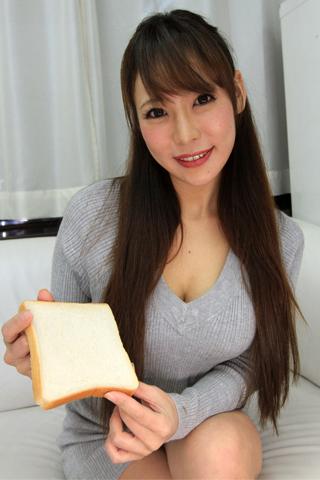 高瀬杏ちゃんの食パンルージュ